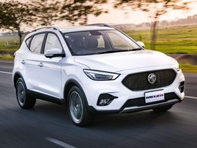 2021 MG ZS 1.5 Style MT with P90,000 Cash Discount