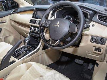 Mitsubishi Xpander interior