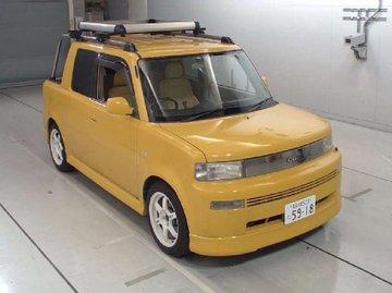 2nd hand yellow Toyota Bb