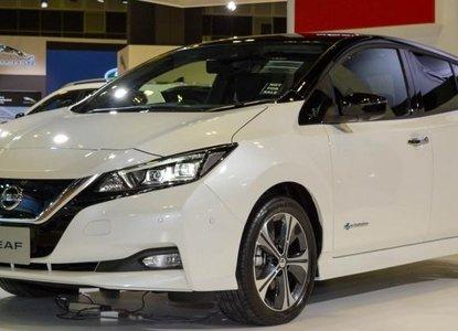 2018 Nissan Leaf on display at Singapore Motor Show