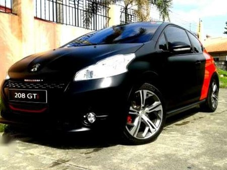 Peugeot 208 2015 P1,250,000 for sale