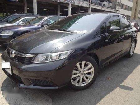 2013 Honda Civic 1.8S AT Color: Crystal Black