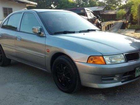 Mitsubishi Lancer Glx 2000 Model