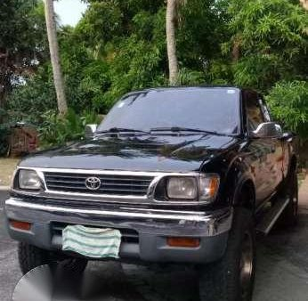 For sale Toyota Tacoma 4x4 pick up