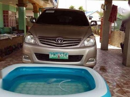 Toyota Innova E 2011 Beige For Sale