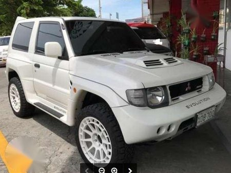 Pajero Sport 2019 >> Mitsubishi Pajero Evo Car White For Sale 157906