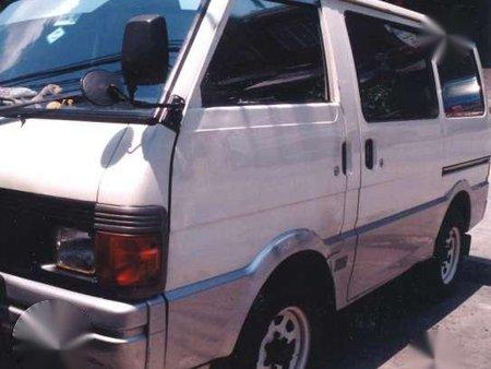 Mazda bongo 2.0 rf