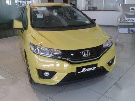 2017 Honda Jazz 15 V Cvt Yellow New 164948