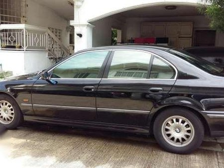 2000 BMW 520i Black AT For Sale