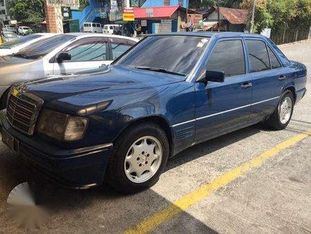 Mercedes Benz 300D AT Blue For Sale
