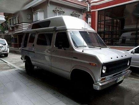 Ford Econoline Vintage 1972 Conversion Van
