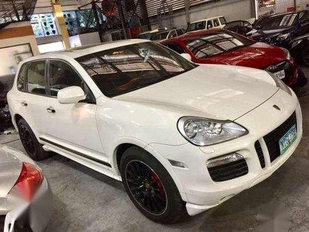 2010 Porsche Cayenne GTS White
