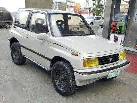 2002 Suzuki Escudo 4x4 Manual White