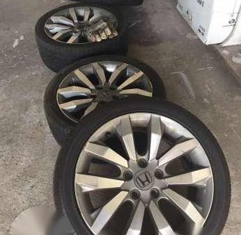 Honda Civic Fd Fb 2 0 Mags With Tires 178124