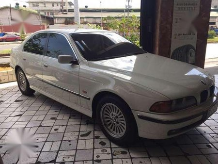 BMW 528i White Automatic For Sale