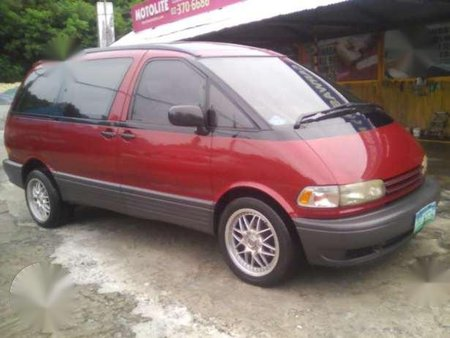 Toyota Previa 1996 Red AT For Sale