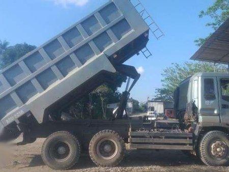 10w Isuzu Giga Dump Truck