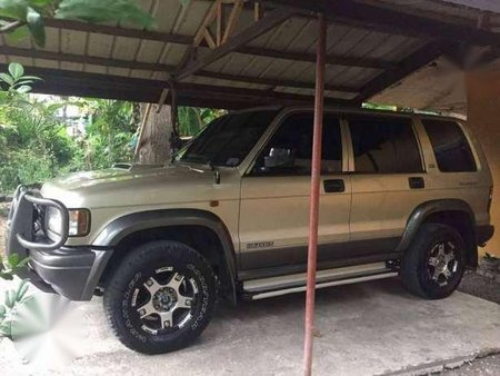 isuzu trooper 4x4 bighorn 2006 golden at 191644