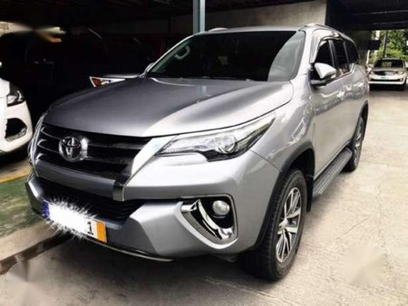 Toyota Fortuner V 2016 At Diesel Almost New Push Start Leather Seat