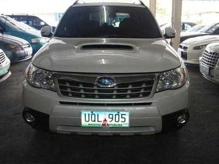 2013 Subaru Forester Automatic for sale