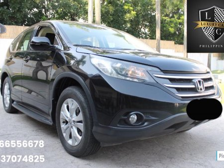 2013 Honda CR V 4x4 Gas A/T 35,000km Mileage FOR SALE