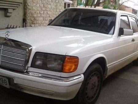 Mercedes Benz Sedan Model 560 SEL 1991