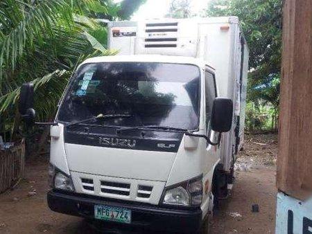 cc6b350a7e Isuzu Elf Freezer Van 4x4 Double Tire (Meat Van) 282469