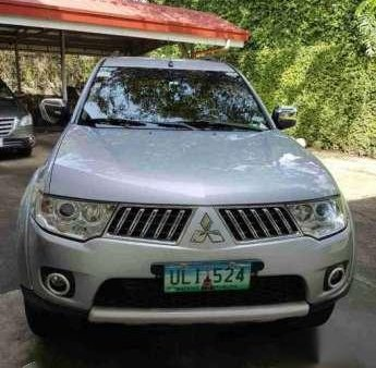 Mitsubishi Montero Sport 2013 AT Silver For Sale