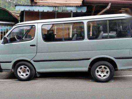 1995 Toyota Hiace Commuter Van 293580
