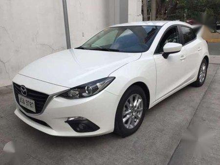 2015 Mazda3 1.5 SKYACTIV hatchback - AT (pearl white)