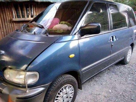 Nissan Serena 2004 MT Blue Van For Sale