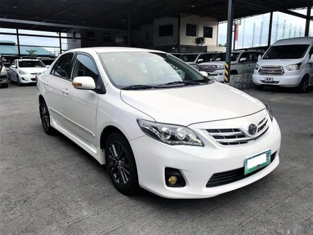 Toyota Corolla 2011 Gasoline Automatic White for sale