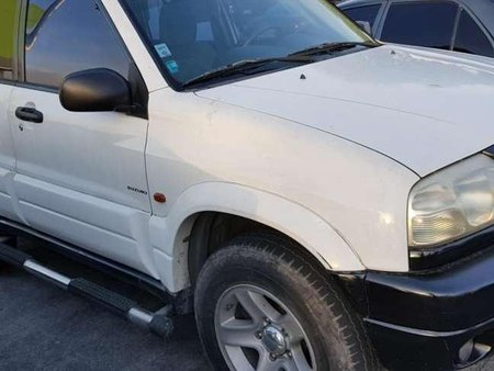Suzuki Grand Vitara 4x4 2003 AT White For Sale