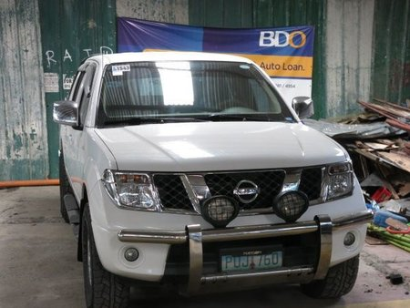 Good as new Nissan Navara Frontier 2011 for sale
