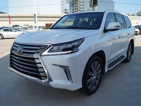 For sale 2016 Lexus LX 570 SUV car with full options