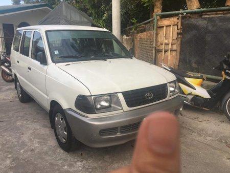 Toyota Revo 2001 dlx for sale