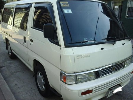 Well-maintained NISSAN URVAN 2015 for sale