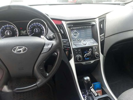 2013 Hyundai Sonata (Negotiable) Top of the Line Gasoline
