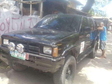 1992 nissan 4x4 pickup