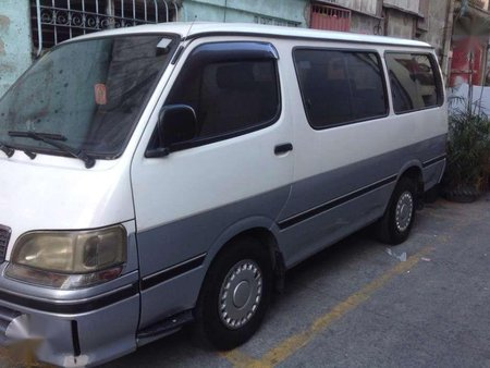 98 Toyota Hiace GL Gas FOR SALE