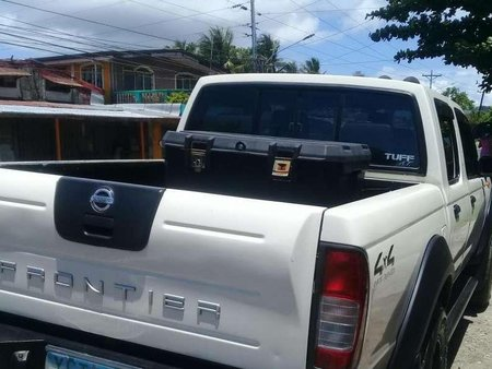 Nissan Frontier 2004 4x4 manual