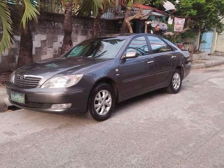 2004 Toyota Camry 2.4V top of the line