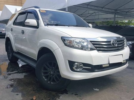 2015 Toyota Fortuner G Gas AT FOR SALE
