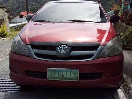 Toyota Innova J 2007 Red Top of the Line For Sale