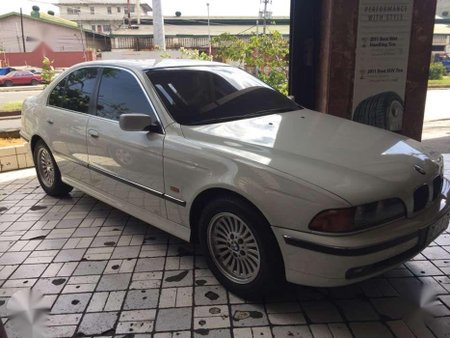 BMW 528i Fresh 1997 White Sedan For Sale