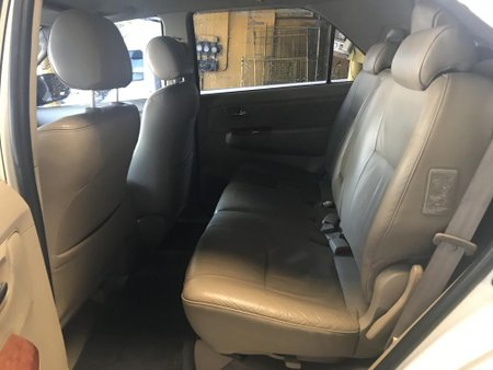 Toyota Fortuner V 2009 for sale