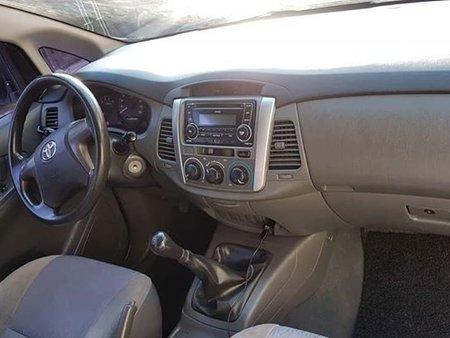 2012 Toyota Innova E for sale