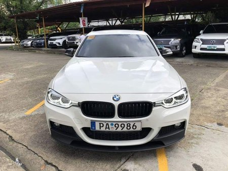 White 2018 Bmw 320D at 2600 km for sale in Pasig
