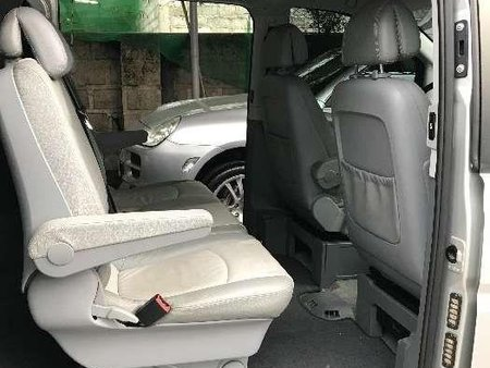 Mercedes Benz Viano 2006 AT 1st owned low mileage