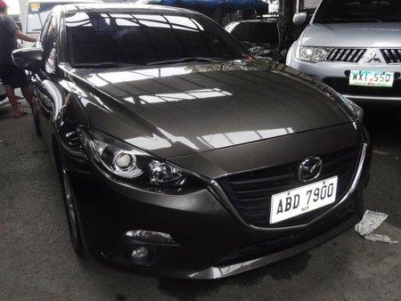 Almost brand new Mazda 626 2015